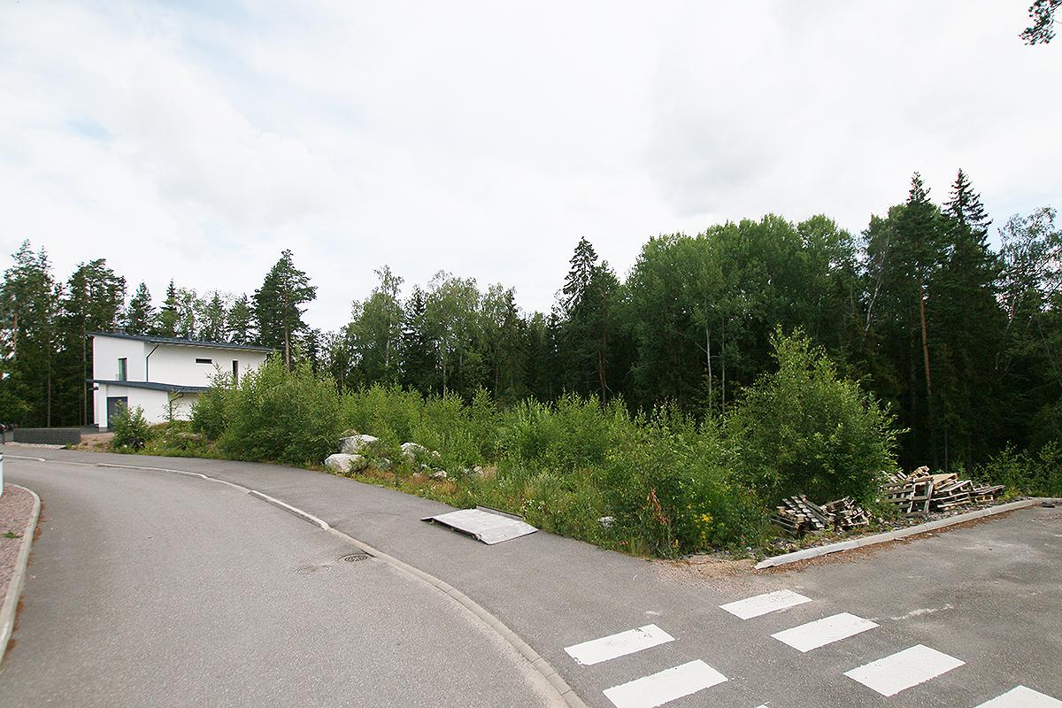 OKT-tontti 2166-4 Vapaaherrankaari 19, asunto tontti 2166-4 kuva 1   myytävät asunnot Sundsberg